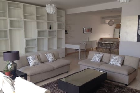 Bright & Modern 2Bed Apart - Centre - Swieqi - Daire