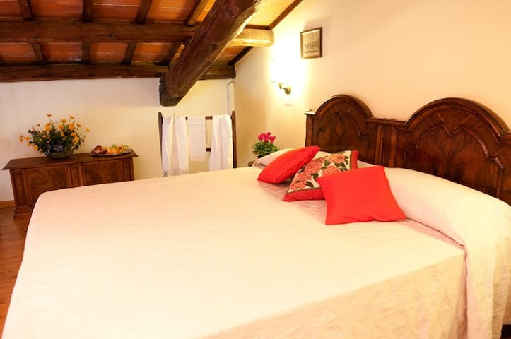 camera con soppalco in agriturismo - San Martino di Venezze - Bed & Breakfast