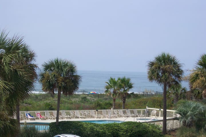 BEACHFRONT CHARLESTON JAN/FEB DEALS Views&location