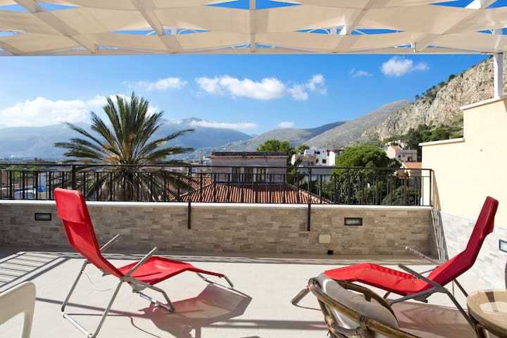 Appartamento Belvedere. Vista mare - Palermo - House