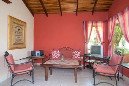 Poco Cielo Resort Bungalow 2 - Atenas Canton - Chalet