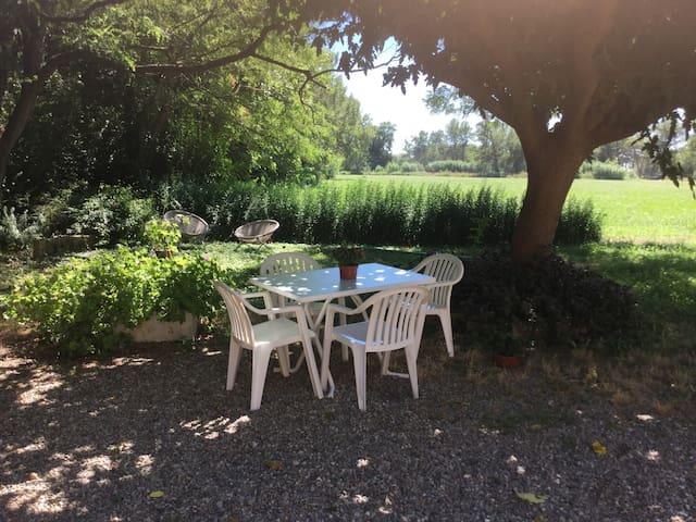 Appartement dans un mas provençal - Istres