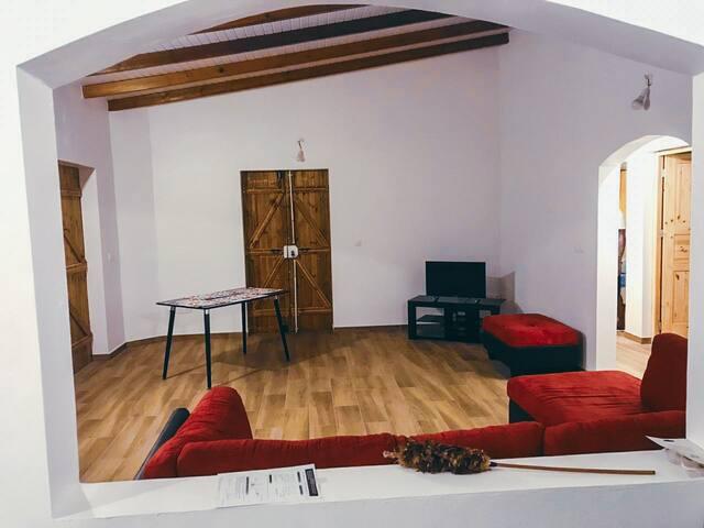 Grand salon + chambre privé -Maison  neuve Gosier1