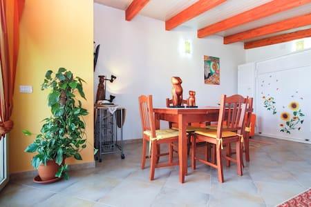 monolocale mansardato con terrazza  - Sant'Antioco