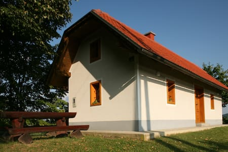 Charming cottage in pure nature - Cirkulane - Dům