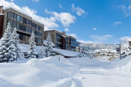 Snowflake Ski-In Ski-Out 2BR 2Bath - Copper Mountain - 公寓