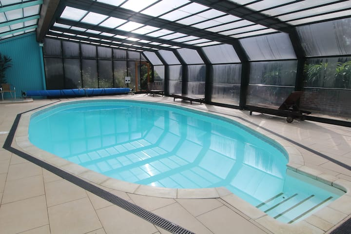 Poolside Apt: Heated Pool, Sauna, Gardens, Parking - Cornwall - Apartamento