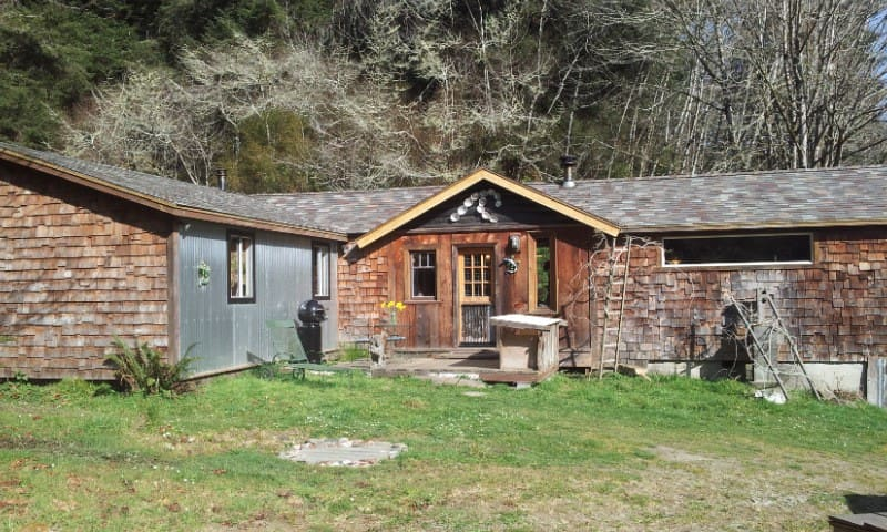 Stone Lagoon Cabin,Upscale,Authentc