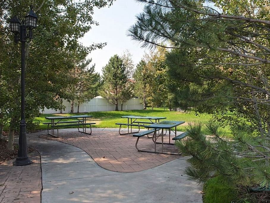Park next door with picnic table and BBQ