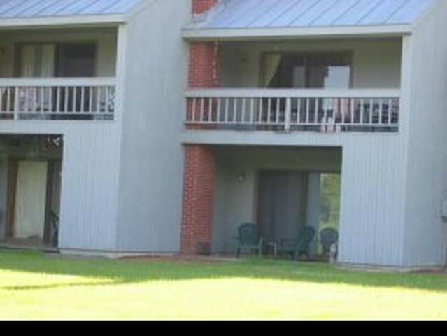 Mountainbrook 1 Bedroom, Below Hotel, #4