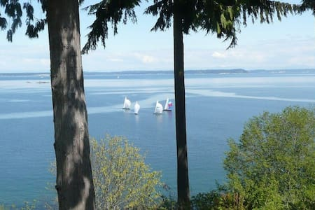 High-Bank Waterfront  Home - Views! - Port Ludlow - Ev