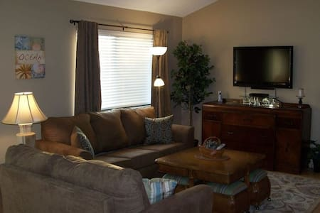 Walk 2 The Beach, 2 Bd/2Ba Condo!! - Фернандина Бич - Квартира