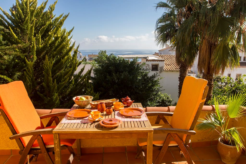 your private terrace with seaview for a breakfast in the sun. first floor