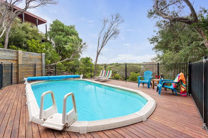 Beach Haven with Spacious entertaining and pool
