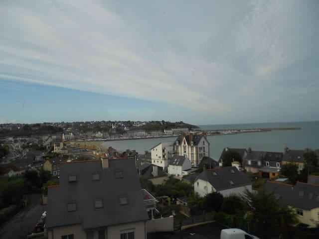 Appartement cosy avec vue sur mer - Binic - Byt