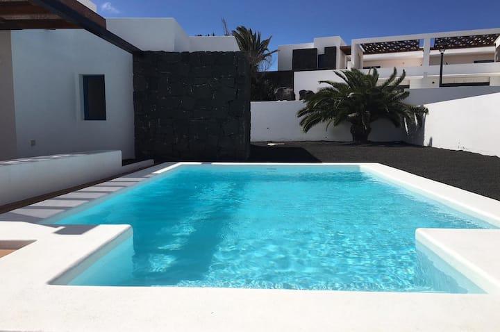 Villalia Esperanza con piscina privada climatizada