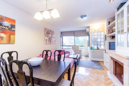 Large and bright 4 bedroom 2wc flat - 馬德里