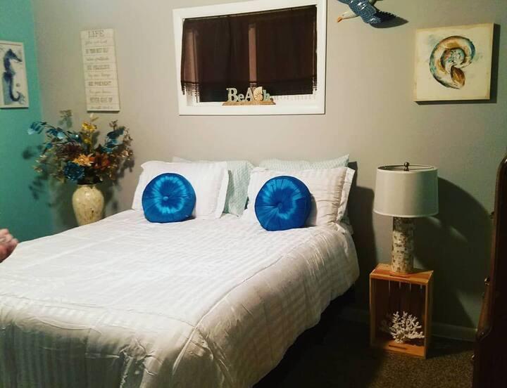 Master Suite plus Beach Room