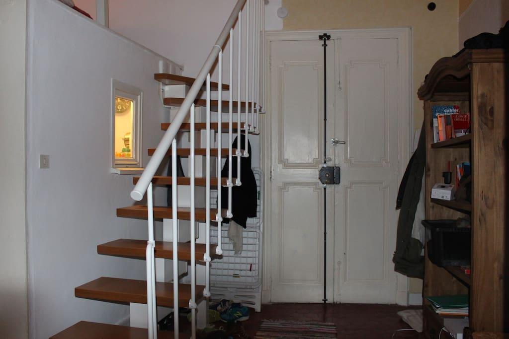 Studio avec chambre mezzanine aix flats for rent in aix - Chambre des commerces aix en provence ...