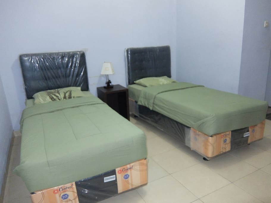 two single bed room