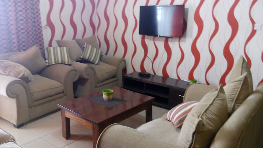 3 bed roomed serviced apartment - Nakuru - Apartamento