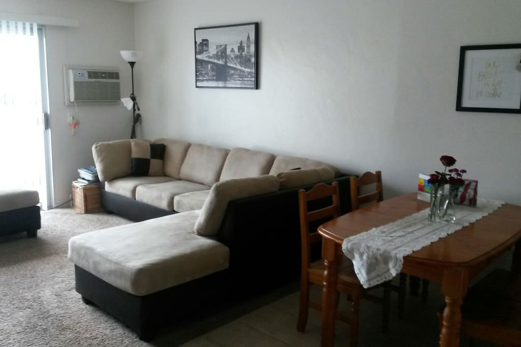 Lovely 1 Bedroom Apartment Central Apartments For Rent In San Diego Calif