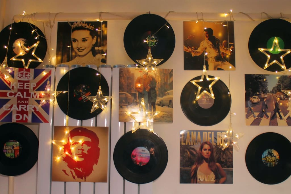 房间的星光唱片装饰墙,经典时尚