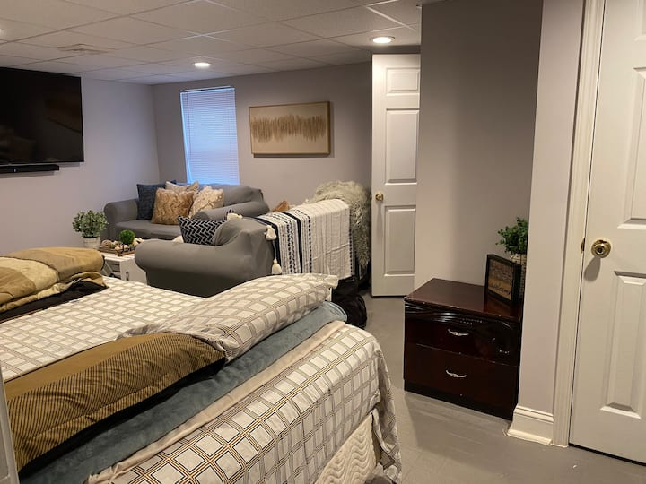 Full Basement / Private Entry.  (Awesome Reviews)