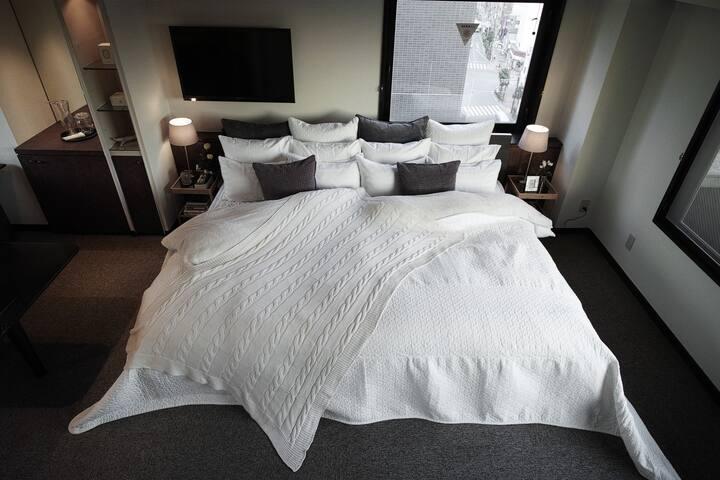 Asakusa 2 min Penthouse Apartment - Sumida-ku