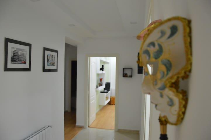 Appartement, lumineux et chaleureux à Bizerte !