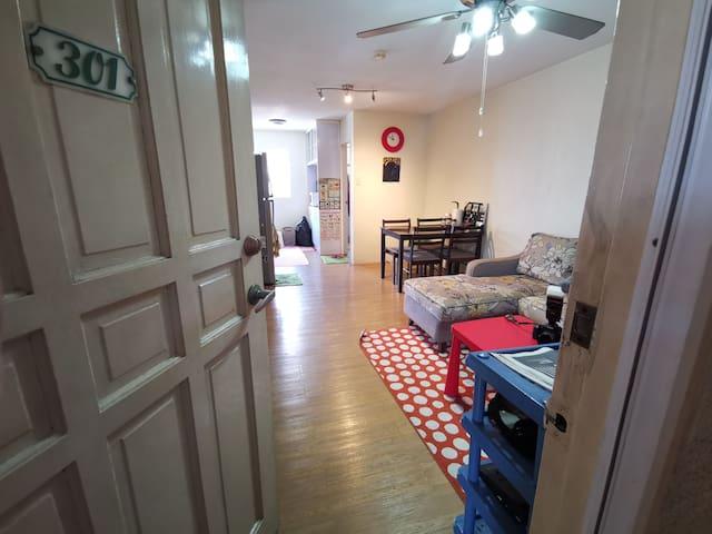 Comfy 2-Bedroom Capri Oasis unit, Pasig City