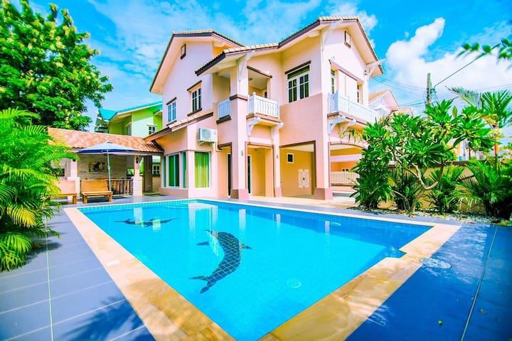 Natural Big House Pool Villa4BR 5min walk to beach