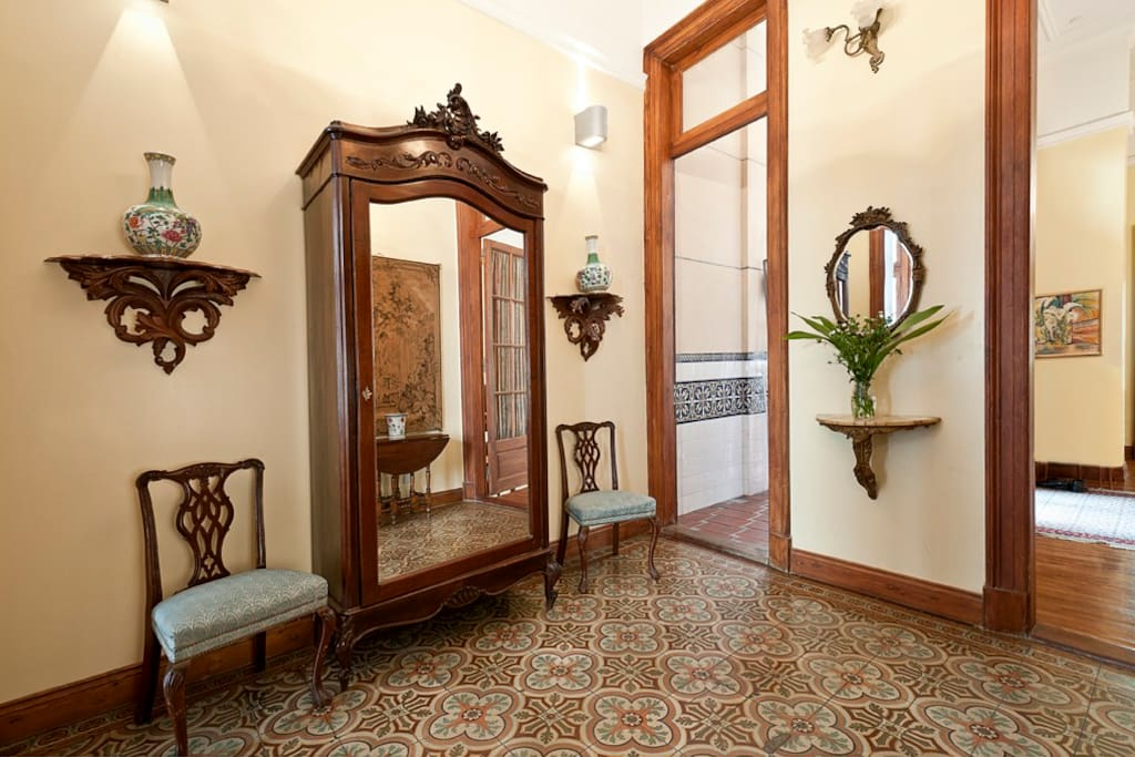 Magnificent entry foyer with original terracotta tiles