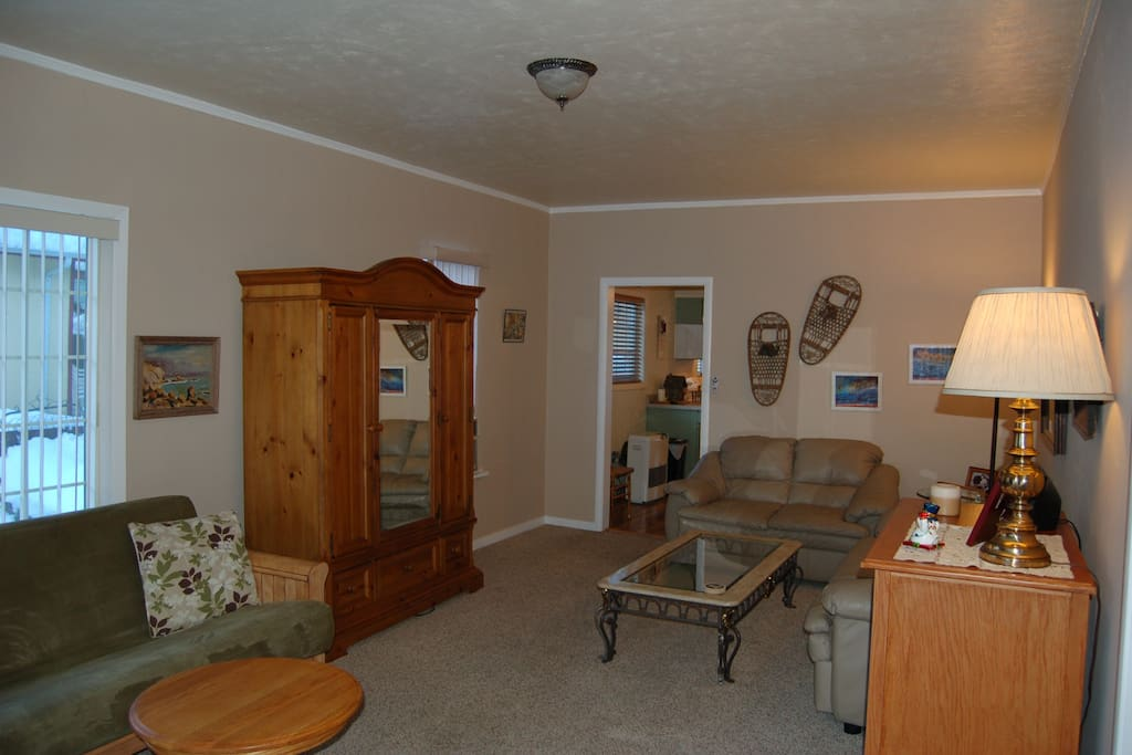 Quality furnishings, excellent art & interesting touches such as snowshoes up the wall make this one homey place
