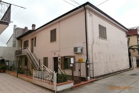 Casa Gallo 5 Zimmer Wohnung - Leilighet