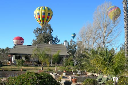 Temecula Wine Country Villa So Cal - テメキュラ - 別荘