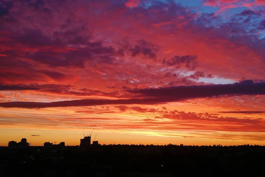 窗外的日落 墨尔本的日落真的很漂亮