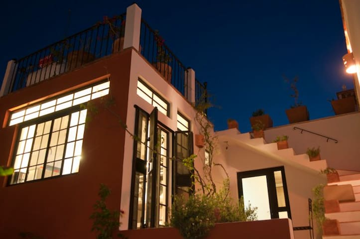 Casa Maxim THE LOFT