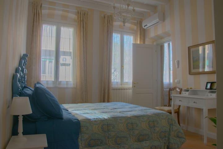 La camera/bedroom