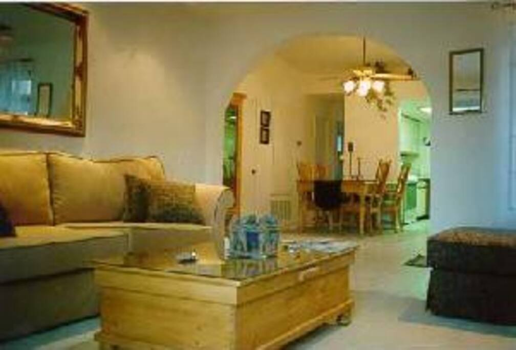 2 Bedroom 2 Bath Upstairs Condo Condominiums For Rent In Palm Springs California United States