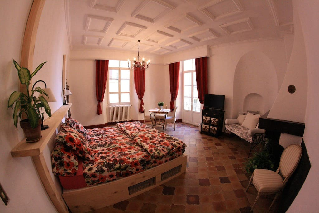 Appartement 3 chambres vieux nice appartements louer for Chambre a louer nice france