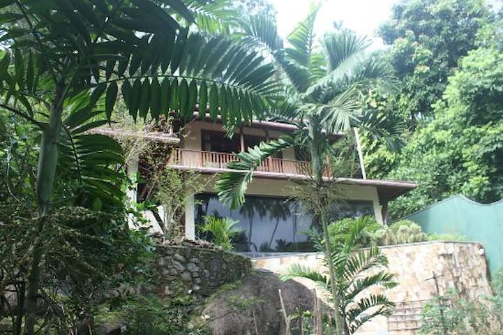 Elephant Rock Cottage - Unawatuna - Bed & Breakfast