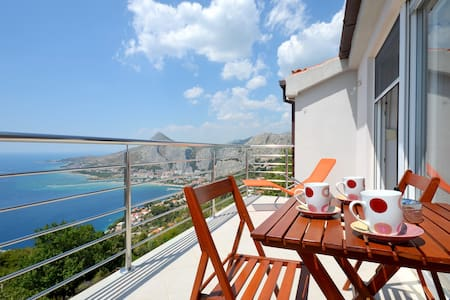 Pikolo Apartments - Blue apartment - Omiš