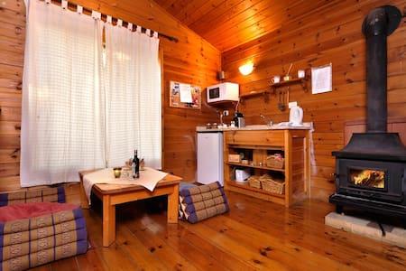 shangrila wooden cabin - Hila - Chatka w górach