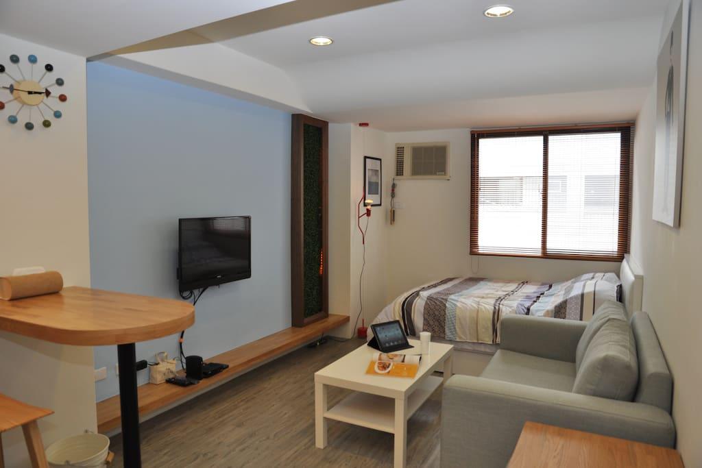 明亮的房間讓旅客一進門就能感受到溫暖的氛圍