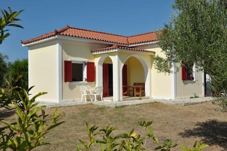 Lennas Holiday Houses -1 Bedroom Groundfloor House - Vasilikos - Σπίτι