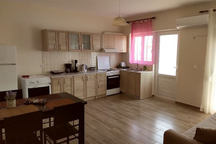 Sweet Apartment in Rhodes city centre