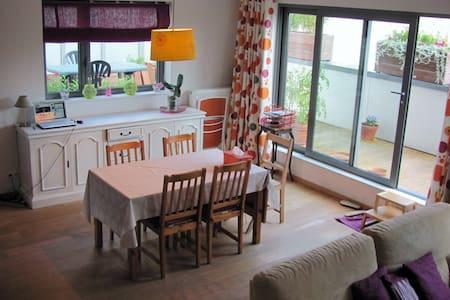 Bright & spacious family apartment - Saint-Gilles - Huoneisto