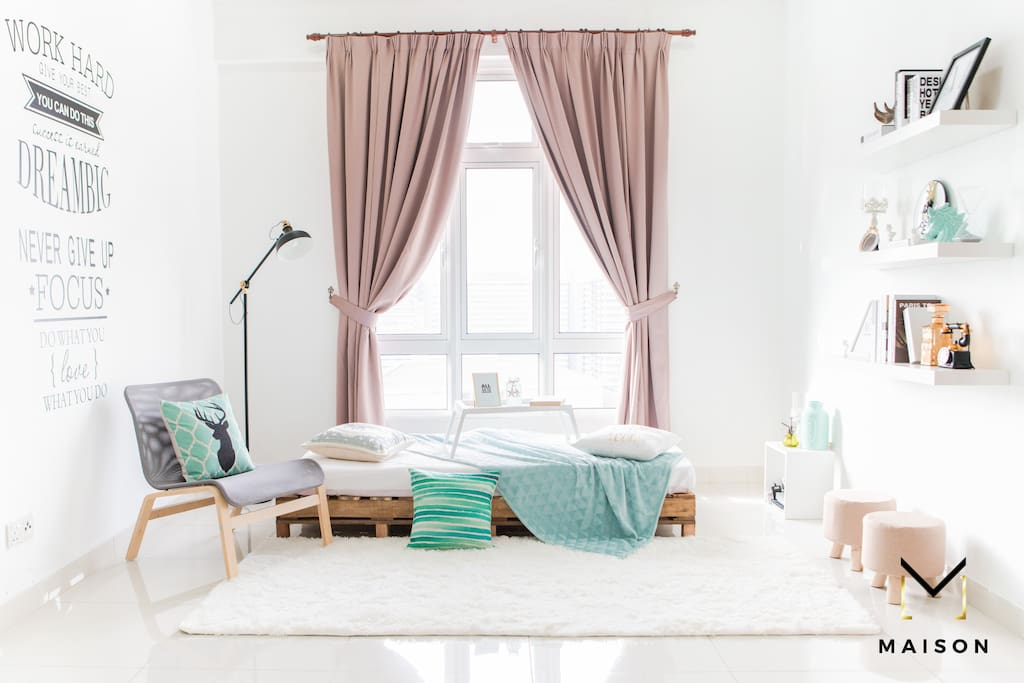 Day Bed Area - Instagram worthy with wide windows.