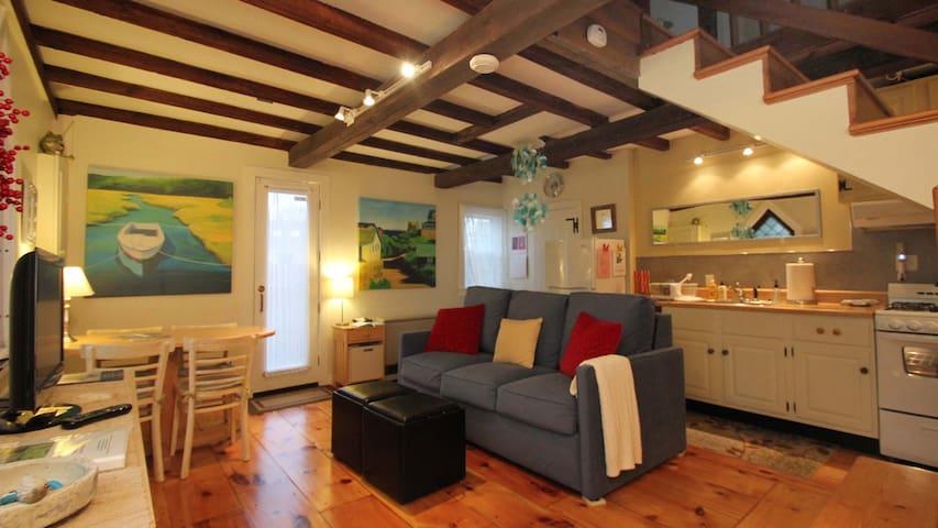Periwinkle Cottage Unit 1-quiet,walk to everything - Rockport - Casa adossada